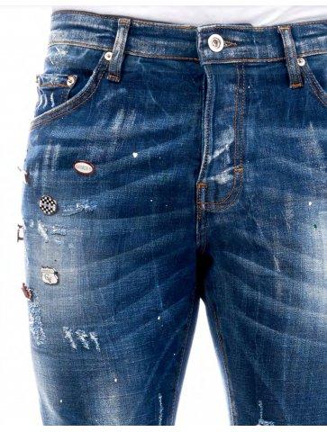 Jeans délavé avec pins GV