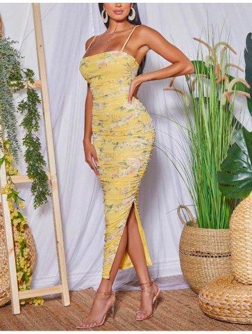 Longue robe à motif fleurie...