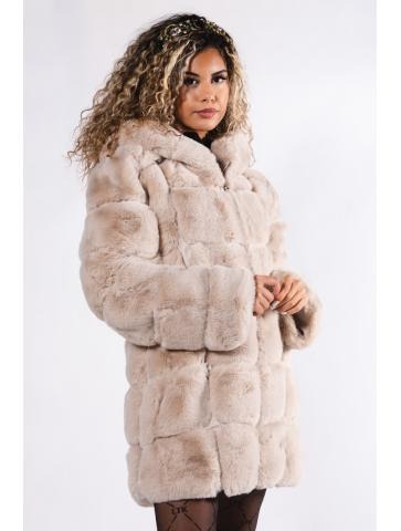 Manteau en fourrure...